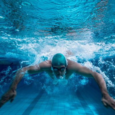 tophealth_fitness-natacion