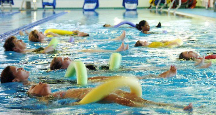 beneficios de la natacion terapeutica