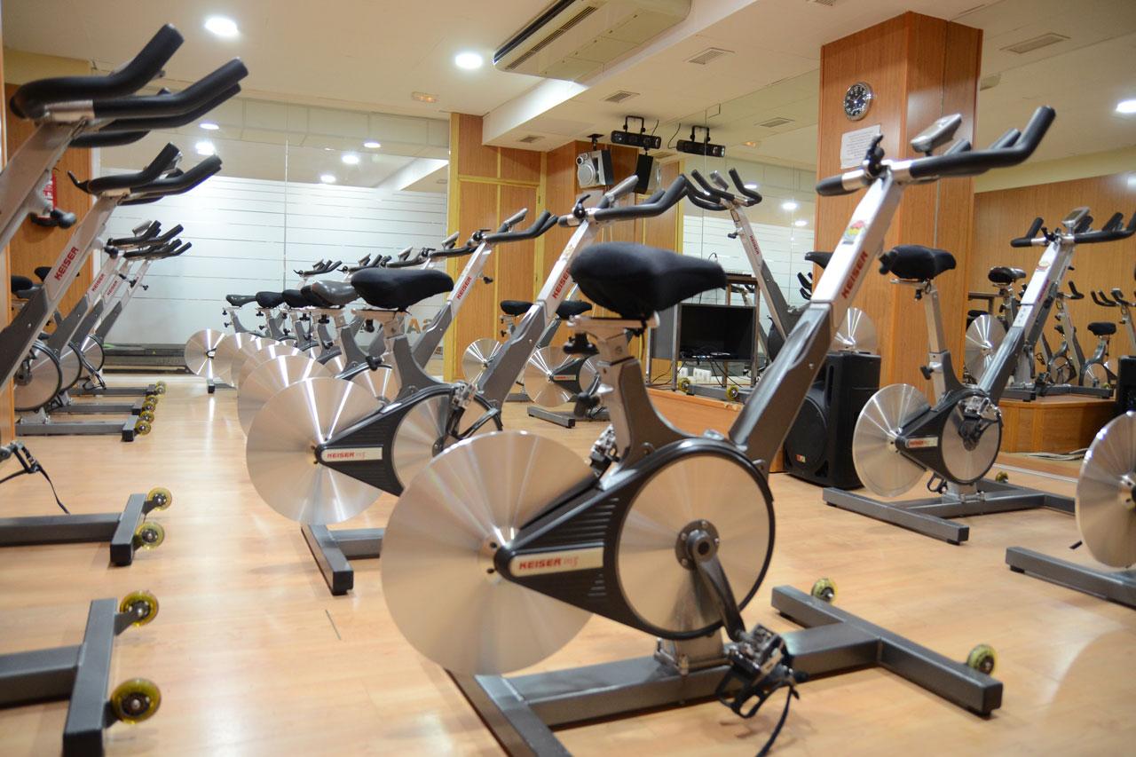 centro deportivo, gimnasio en lucena